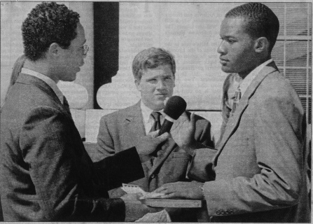 Nic Lott (left) swears in his predecessor, Clarence Webster, the second African American president of the UM Associated Student Body (2001-2). | Daily Mississippian photo